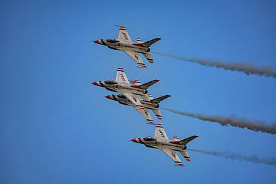 F-16 Photograph - Usaf Thunderbirds by Rick Berk