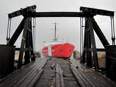 Photograph - Uscgc Mackinaw Framed By Railroad Elevator by Keith Stokes