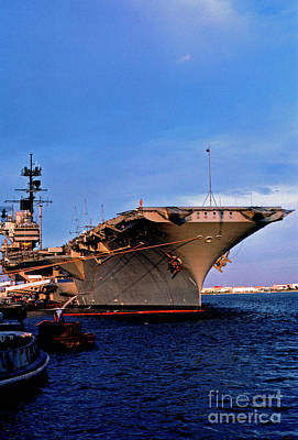 Uss Forrestal Cv-59 Art Print by Thomas R Fletcher