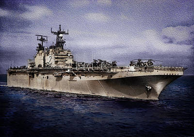 Photograph - Uss Iwo Jima Lph2 by Reynaldo Williams