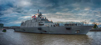 Photograph - Uss Little Rock Lcs9 by Guy Whiteley