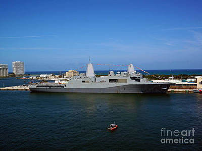 Photograph - Uss New York by Sue Melvin