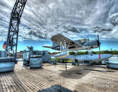 Uss North Carolina, Bb 55, Kingfisher Aircraft Art Print