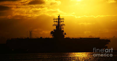 Photograph - Uss Ronald Reagan by Linda Shafer