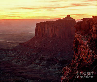Photograph - Utah - Canyonlands National Park Sunset 2 by Terry Elniski