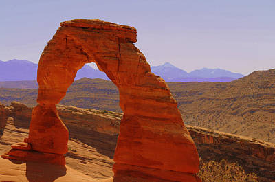 Photograph - Utah's Delicate Arch by Brian Hoover