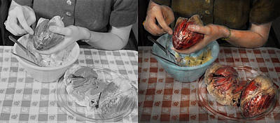 Photograph - Valentines - Mending A Broken Heart 1942 Side By Side by Mike Savad