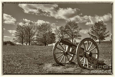 Valley Forge Military Canon Art Print by David Zanzinger