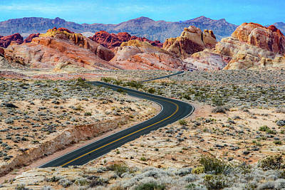 Photograph - Road Through The Valley Of Fire by Paul Johnson
