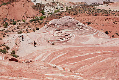 Photograph - Valley Of Fire State Park by Marilyn Hunt