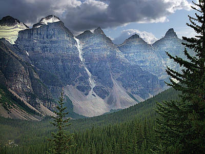 Photograph - Valley Of The Ten Peaks by George Cousins