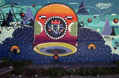 Photograph - Valparaiso Street Art 36 by Aidan Moran