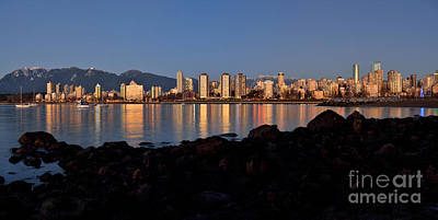 Photograph - Vancouver 2016 New Years Day Sunset Skyline by Terry Elniski