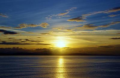Photograph - Vancouver Area Sunrise by Phyllis Spoor