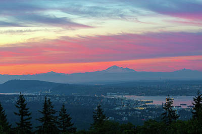 Photograph - Vancouver Bc Cityscape With Cascade Range Morning View by David Gn