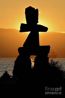 Photograph - Vancouver Bc - Inukshuk Monument At English Bay 1 by Terry Elniski