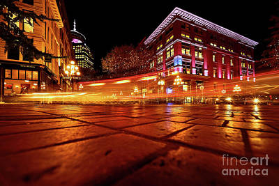 Photograph - Vancouver Gastown At Night by Terry Elniski