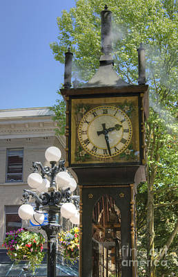 Photograph - Vancouver Steam Clock by David Birchall