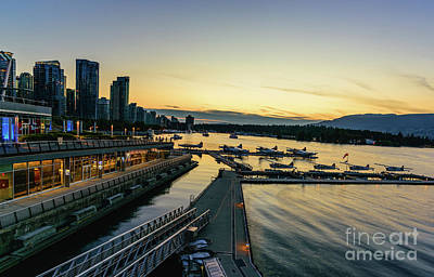 Vancouver At Night Photograph - Vancouver Waterfront At Night by Viktor Birkus
