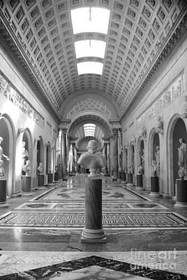 Metropolitan Museum Of Art Photograph - Vatican Museums Gallery by Stefano Senise