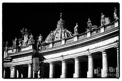 Photograph - Vatican Statues by John Rizzuto