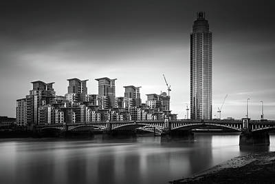 St George Photograph - Vauxhall Bridge, London by Ivo Kerssemakers