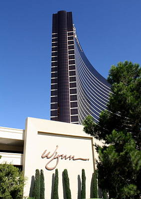 Photograph - Vegas Flagship by David Nicholls