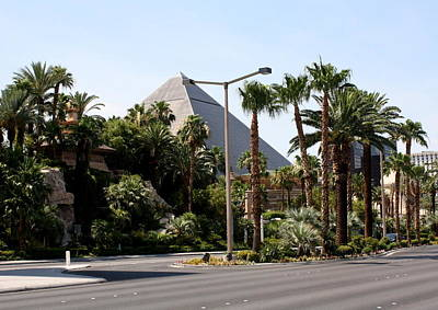 Photograph - Vegas Luxor by David Nicholls