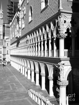 Photograph - Venetian Colonnade by David Bearden