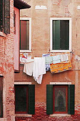Venezia Photograph - Venetian Laundry In Peach And Pink by Brooke T Ryan
