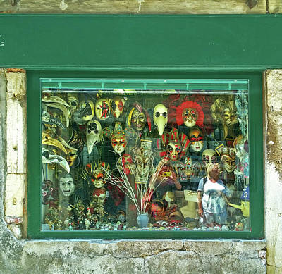 Photograph - Venetian Masks by Anne Kotan