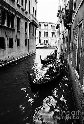 Venezia, Sightseeing In Gondola Art Print