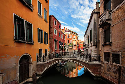 Cloud Photograph - Venice Alley by Andrew Soundarajan