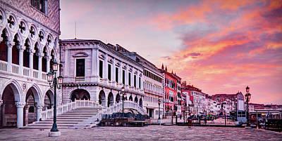 Photograph - Venice At Dawn - Riva Degli Schiavoni by Barry O Carroll