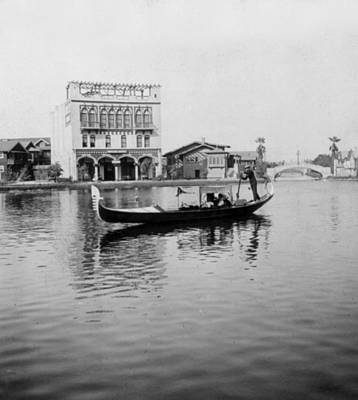 Photograph - Venice California - C 1912 by International  Images