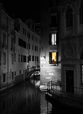Photograph - Venice Canals 14c by Andrew Fare