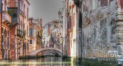 Pyrography -  Venice Channelss by Yury Bashkin