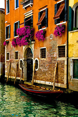 Photograph - Venice Facade by Harry Spitz