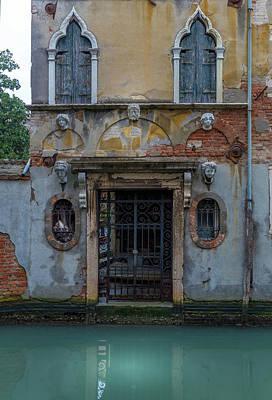 Photograph - Venice House by Georgia Fowler