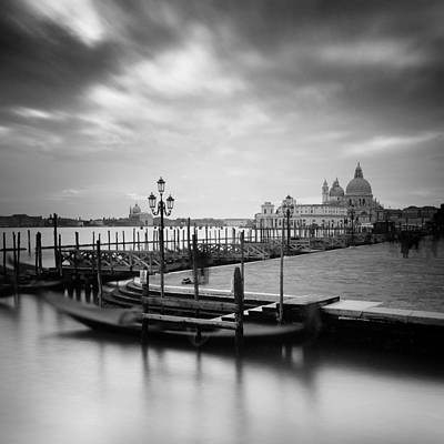 Grande Photograph - Venice by Nina Papiorek