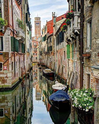 Photograph - Venice Reflections by Alan Toepfer
