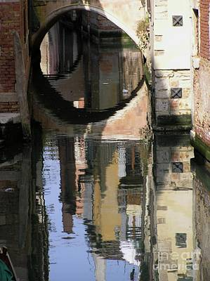 Photograph - Venice01 by Mary Kobet