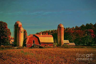 Photograph - Vermont Autumn Barn by Deborah Benoit