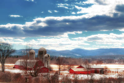 Middlebury Photograph - Vermont Country Farm by Elizabeth Dow