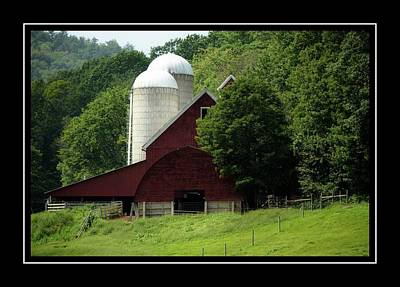 Photograph - Vermont Red Barn by Sherman Perry