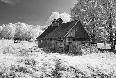 Vermont Sugar Shack In Infra Red Art Print