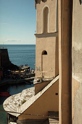 Photograph - Vernazza 1 by Art Ferrier