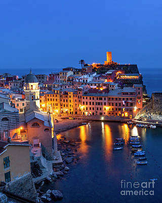 Photograph - Vernazza Night by Brian Jannsen