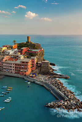 Photograph - Vernazza Evening by Brian Jannsen
