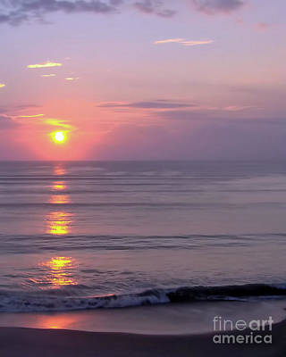 Photograph - Vero - Beach -  Sunrise by D Hackett